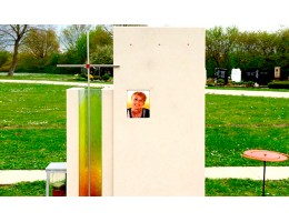 Применение стекла в надгробных памятниках